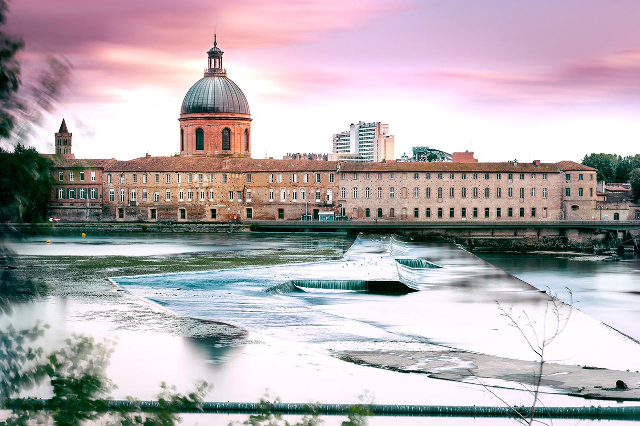 La Grave, son dôme et la Garonne à Toulouse